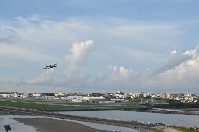 那覇空港から瀬長島の無料送迎バスが廃止! 新たなアクセス方法は?