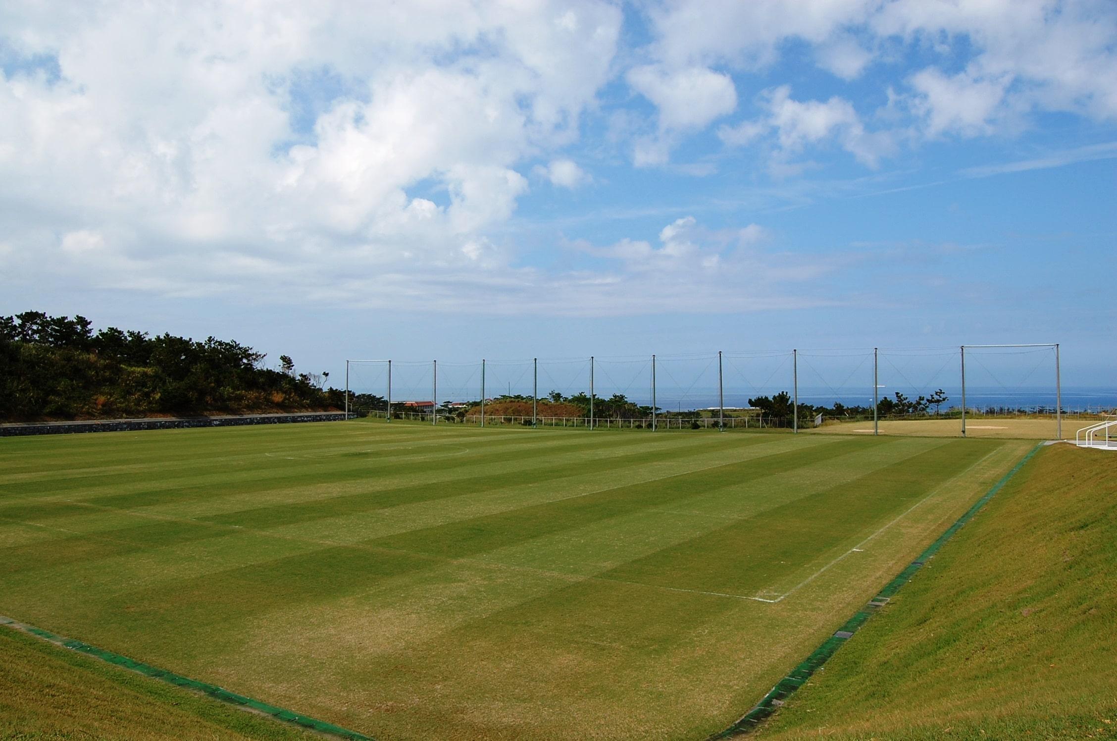 Onna-son Akama Athletic Park l Okinawa Hai!