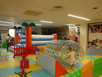 us-land-indoor-play-park-002