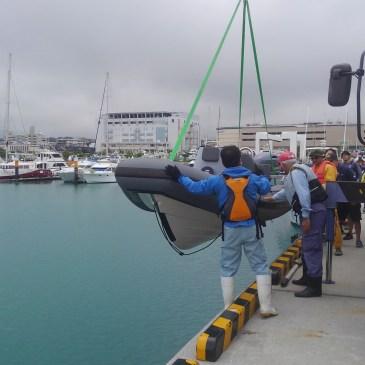 いよいよ宜野湾マリーナ進水式!