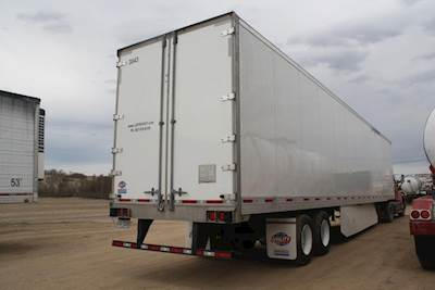 US Trailer Rental Sales Lease and Storage Buys Rents and Repairs All Commercial Trailers Reefers Flatbeds and Dry Vans image_20171206_043859_210