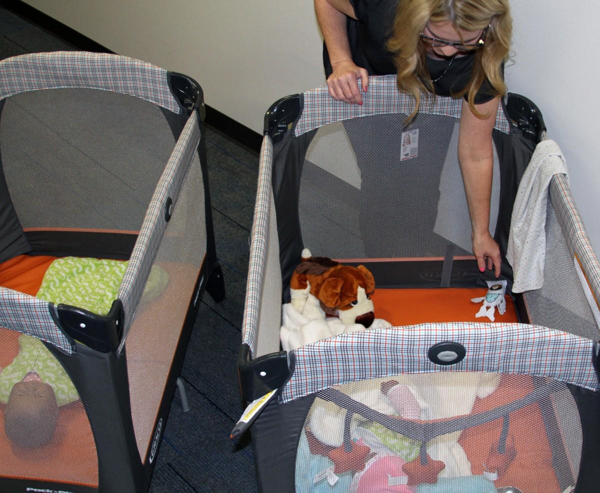 Safe and unsafe sleeping demonstration