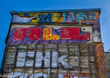 Bilde vegg grafitti bakgården på Hausmania av Ørjan Liland