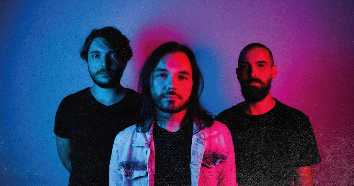Rebel Machine lança música acústica e trabalha em novo álbum