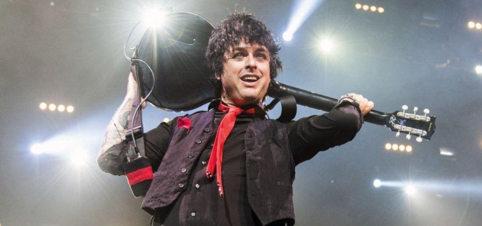 Billie Joe escolhe a melhor música e o melhor álbum do Green Day; confira