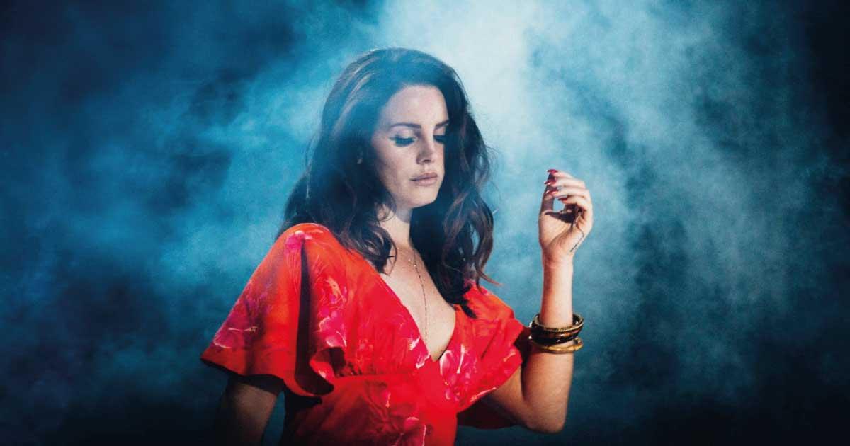 "Lana Del Rey anuncia ""Blue Banisters"", seu terceiro álbum de 2021"