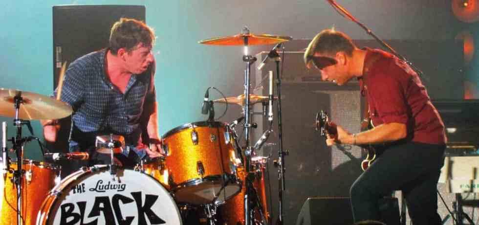 The Black Keys anuncia álbum de covers e disponibiliza single; ouça
