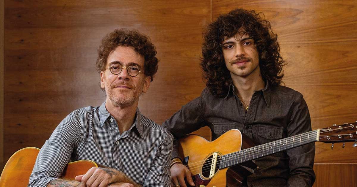 Nando Reis revisita repertório em EP com o filho Sebastião