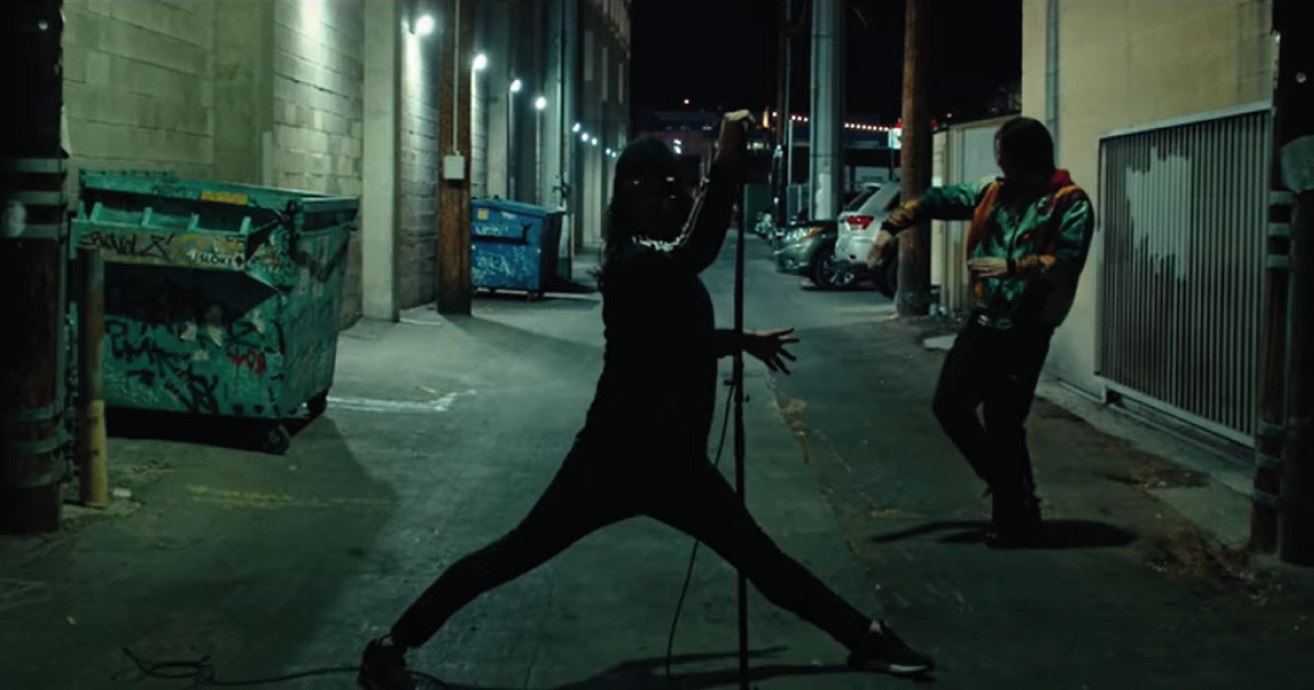 Angels & Airwaves faz referência a clássico do Blink-182 em novo clipe