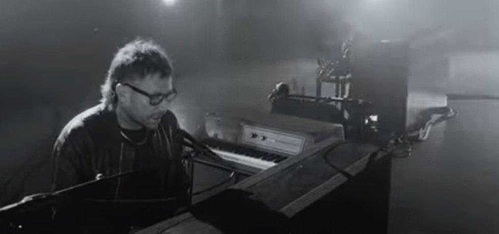 """Damon Albarn divulga """"Polaris"""" segundo single de seu novo álbum"""