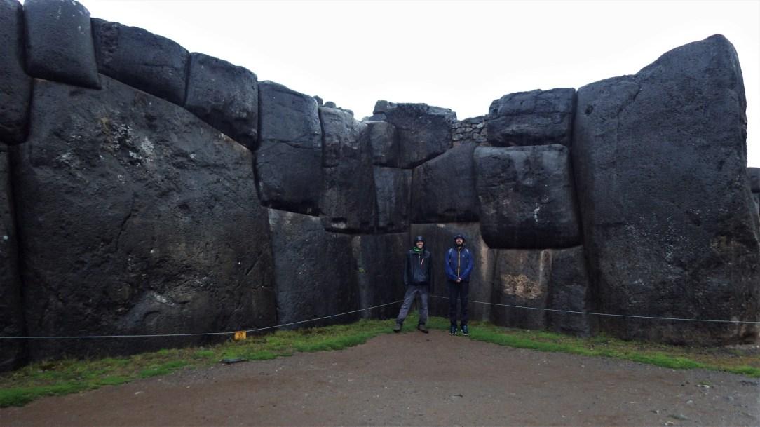 Saksaywaman - ogromni blokovi - muškarci za usporedbu