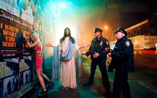 David LaChapelle, Jesus Is My Homeboy: Intervention, 2003  ©David LaChapelle, dzięki uprzejmości / courtesy of Jablonka Galerie, Cologne