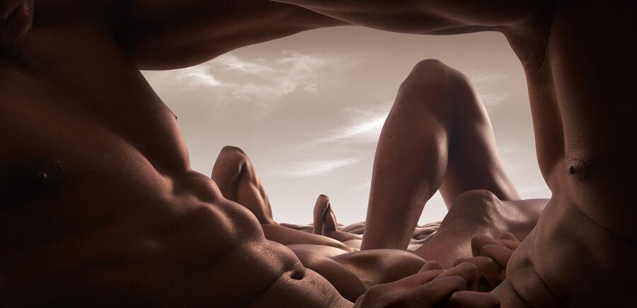 The Cave of Abdo-men - Nagość wg Carla Warnera