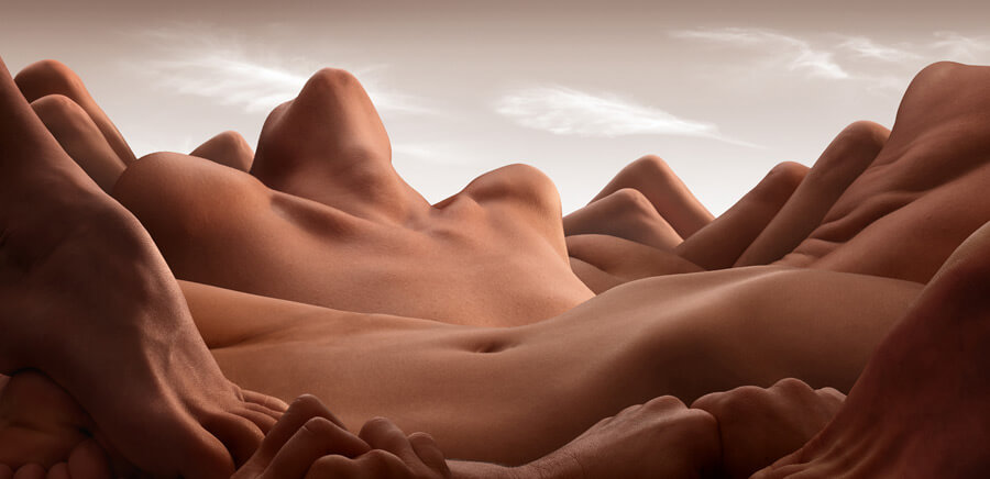 Valley of the reclining woman - Nagość wg Carla Warnera