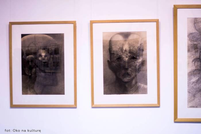 Beksiński - wystawa w Nowohuckie centrum Kultury - Kraków