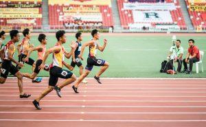 a3 2 300x185 - Atletler Niçin Saat Yönünün Aksine Koşuyor?