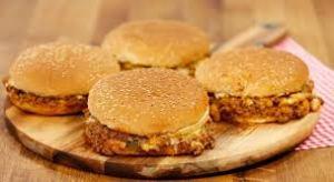h2 5 300x164 - Hamburgerin adı nereden geliyor?