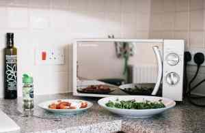 m5 1 300x195 - Mikrodalga fırınlar yiyeceği nasıl pişirir?