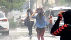 y4 1 300x169 - Yağmurda Koşan Niçin Daha Çok Islanıyor?