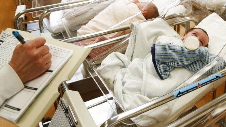 28 Yıl Önce Dondurulan Bir Embriyo Dünyaya Geldi