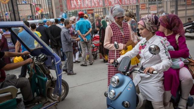 huawei uygur turklerini tespit edecek sistem icin patente basvurdu 2 OZTtOW7J - Huawei, Uygur Türklerini tespit edecek sistem için patente başvurdu