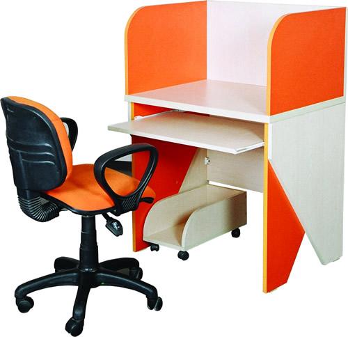 BM-07 bilgisayar çalışma masaları