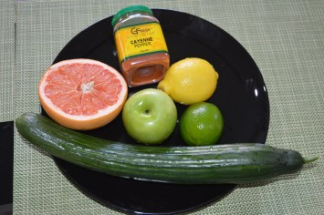 Cucumber Lemon Lime Apple Grapefruit Cayenne Pepper 001