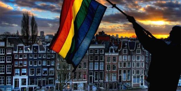 210609-mc-amsterdam-gay