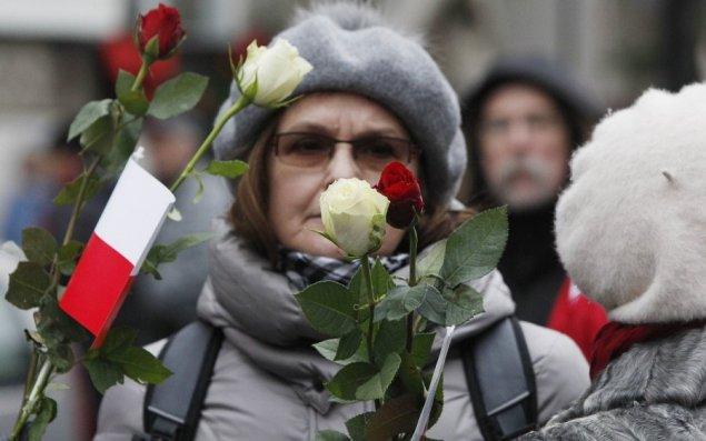 tukstanciai-protestuoja-del-vietos-valdzios-rinkimu-rezultatu-lenkijoje-66669286