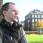 Lietuvis Šarūnas Nyderlanduose prakuto gaudydamas vištas – bet niekaip nesusiranda merginos