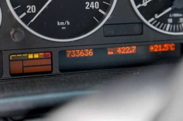 olandas-per-12-metu-su-bmw-530d-nuvaziavo-668-tukst-kilometru1-690x459