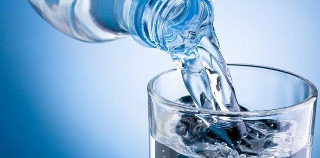 vanduo-stikline-67328038