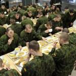 Ūgtelėjo emigracija: ar lietuviai išsigando kariuomenės?