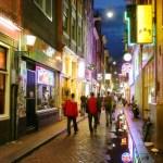 Amsterdamo miesto taryba remia galimybę apsipirkti 24 valandas per parą