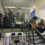 """Į Amsterdamą norėjusieji išskristi liko Vilniaus oro uoste: atšauktas """"AirBaltic"""" skrydis"""