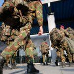 Olandija nori perimti tyrimą dėl Vilniuje susimušusių savo karių