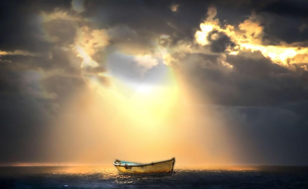 Er umarmte das Meer