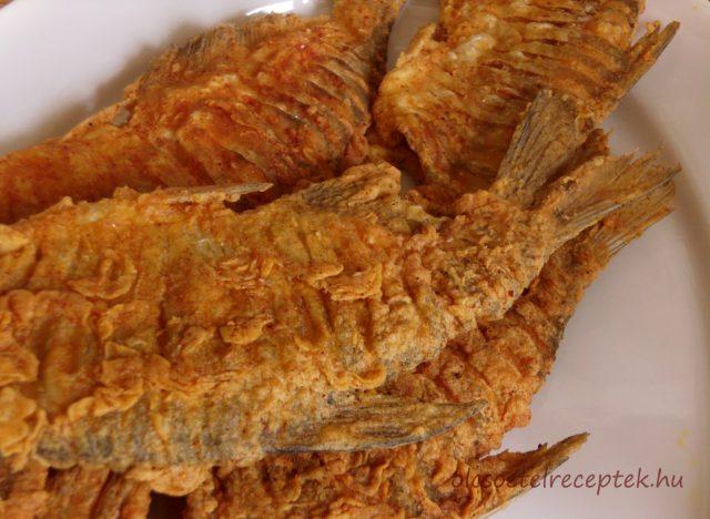 Keszeg sütése paprikás lisztben