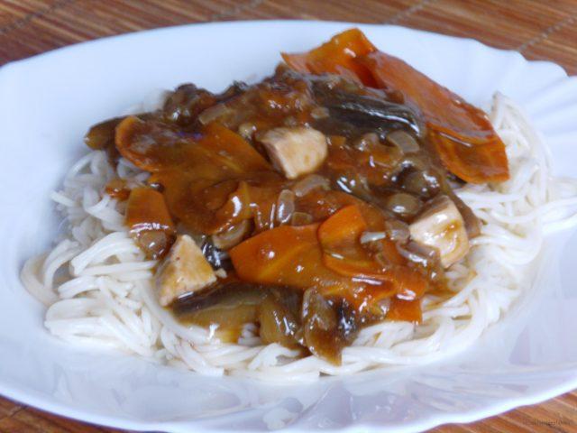 Padlizsános-répás kínai csirke