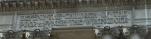 Old Bailey entrance inscription