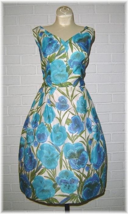 Isabella's Vintage dress