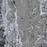 """Barry Bona e Favero sulla via """"Cugi's Corner"""" (Cimon di Palantina 2190 m, parete N-O, gruppo Col Nudo – Cavallo), aperta il 05.03.2011 (Ph © B. Bona)"""