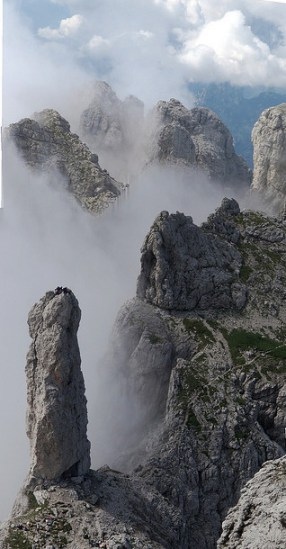 La Gusèla del Vescovà salendo verso la vetta della Schiara (ph. Webjan's)