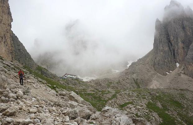 Rifugio Fonda-Savio (2367 m)
