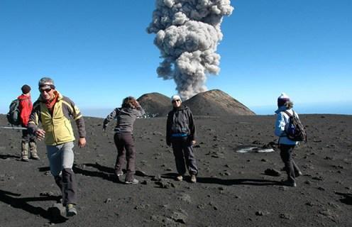 Attività del Cratere di sud-est (ph. Giuseppe Ansaldi)
