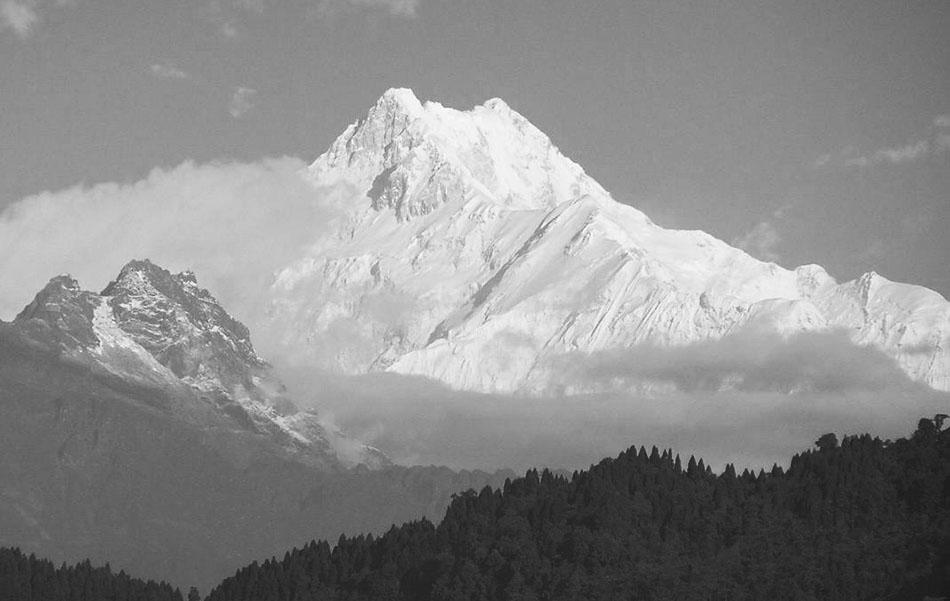 Il Kanchenzonga con la Cresta Zemu visto da Gangtok