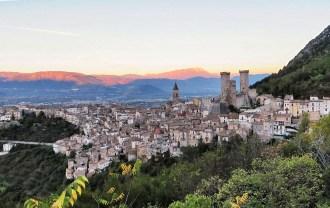 Pacentro, in provincia dell'Aquila, uno dei Borghi più belli d'Italia