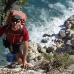 Day5: Ultimi passaggi in arrampicata verso Cala Sisine, l'esposizione e il panorama tolgono il fiato