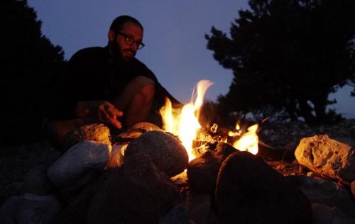 Day5: accudendo il fuoco a Cala Sisine