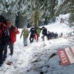L'inviato speciale di altitudini.it Omar Gubeila in marcia verso il rifugio Chiusa Geisler Alm (ph. Stefania Ventura)